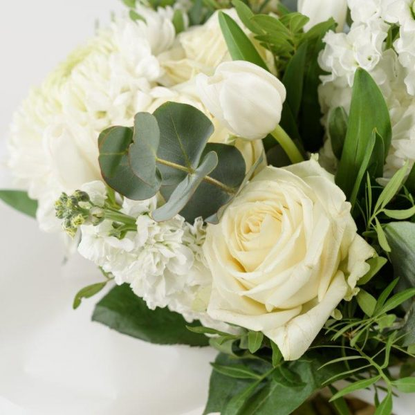 Blanc Flower Bouquet by Your Flower Story London - Flower Delivery Barnet and North London (155)