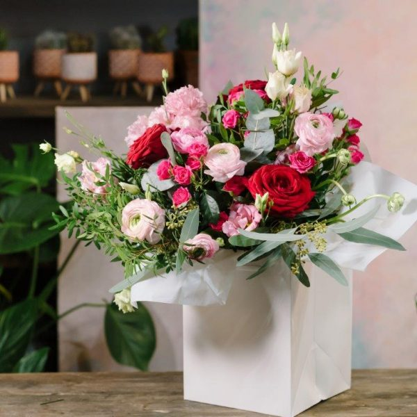 Daria Flowers Bouquet by Your Flower Story London - Flower Delivery Barnet and North London (169)