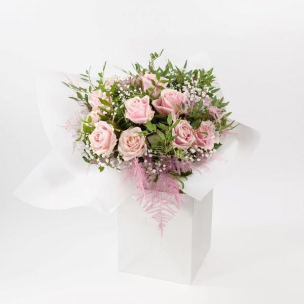 Dozen Baby Pink Roses & Baby Breat - Flower Delivery Barnet and North London 27