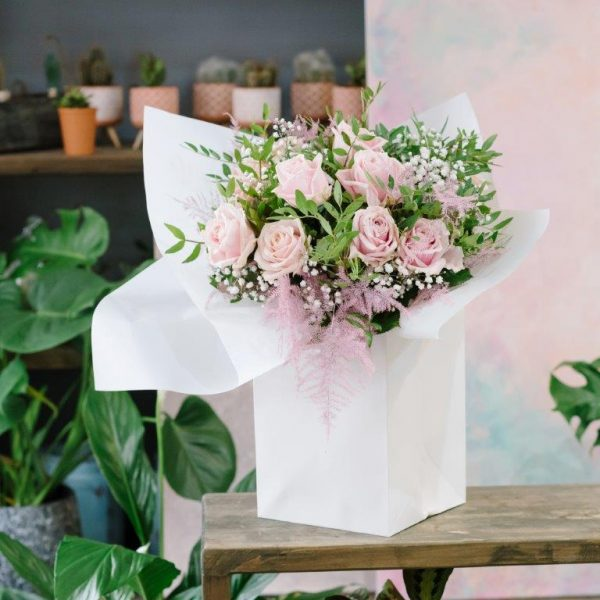 Dozen Baby Pink Roses & Baby Breat - Flower Delivery Barnet and North London 31