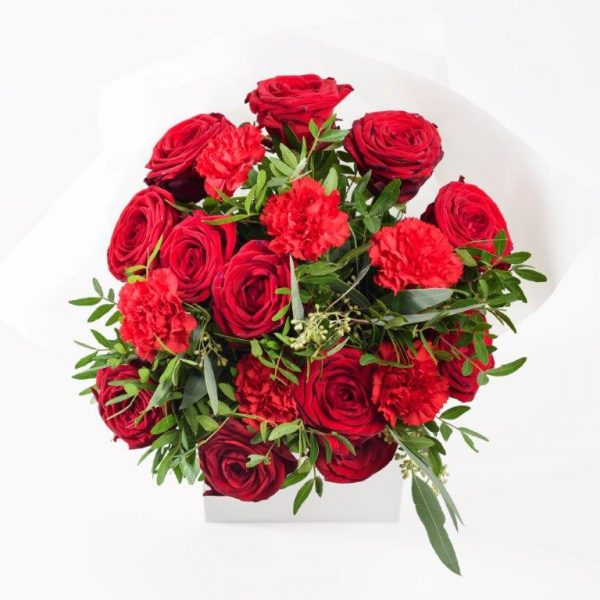 Flower Delivery Barnet and North London - Lady in Red Flowers Bouquet by Your Flower Story London (51)