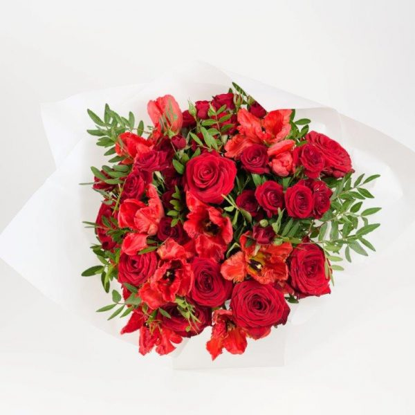 Flower Delivery Barnet and North London - Red Tulips & Roses Flowers Bouquet by YFS (76)