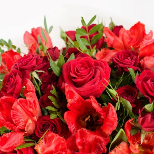Flower Delivery Barnet and North London - Red Tulips & Roses Flowers Bouquet by YFS (79)