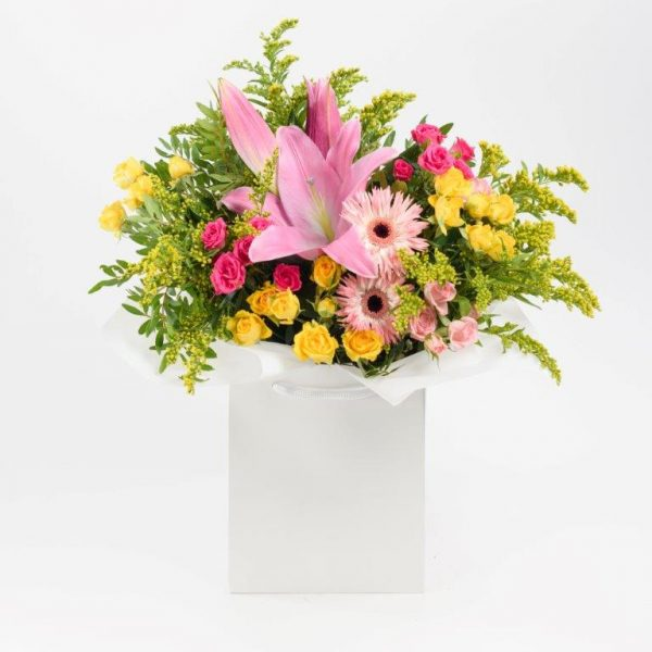 Hello Lovely Flowers Bouquet by Your Flower Story London - Flower Delivery Barnet and North London (171)