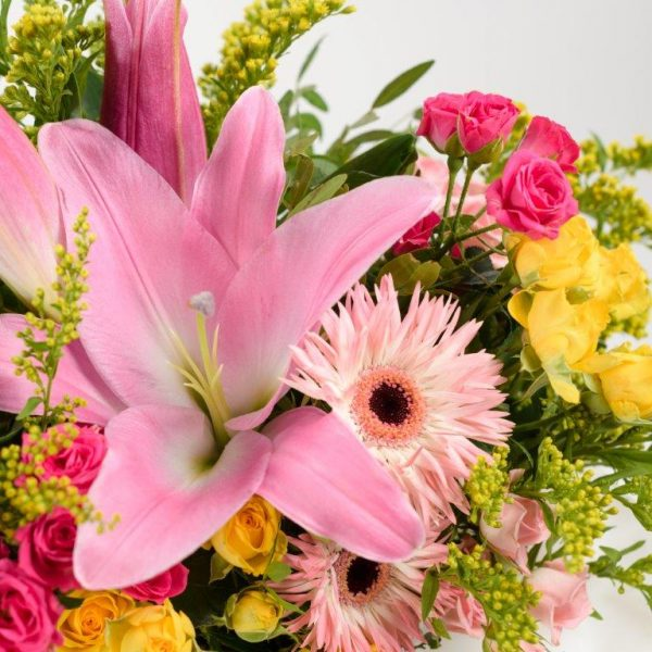 Hello Lovely Flowers Bouquet by Your Flower Story London - Flower Delivery Barnet and North London (174)