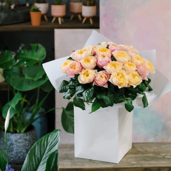 Lady D Flower Bouquet by Your Flower Story London - Flower Delivery Barnet and North London (66)