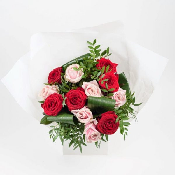 Red & Pink Love Flowers by Your Flower Story London - Flower Delivery Barnet and North London (15)