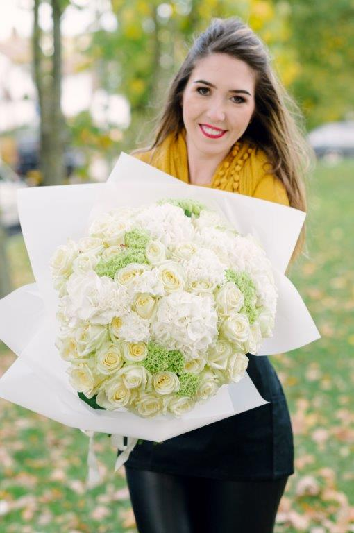 White Elegance Flower Bouquet by Your Flower Story - Flower Delivery North London (110)