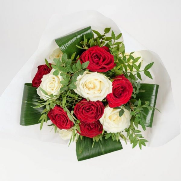 White&Red Love Bouquet by Your Flower Story London - Flower Delivery Barnet and North London (2)