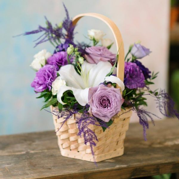 Purple Heart Flowers Basket Delivery - Same Day Flowers Delivery Colindale North London (2)